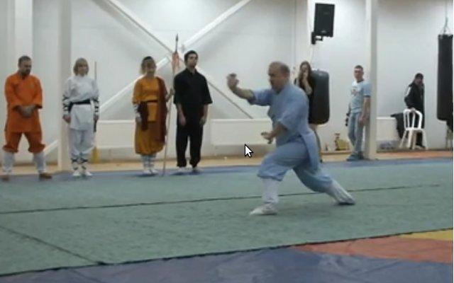 秦庆丰老师的俄罗斯弟子演练少林五形八法拳